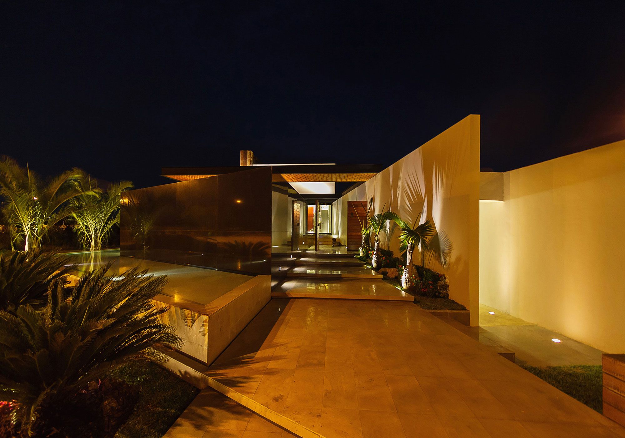 Entrance, Evening, Lighting, Water Feature, Contemporary Residence in Merida, Yucatan