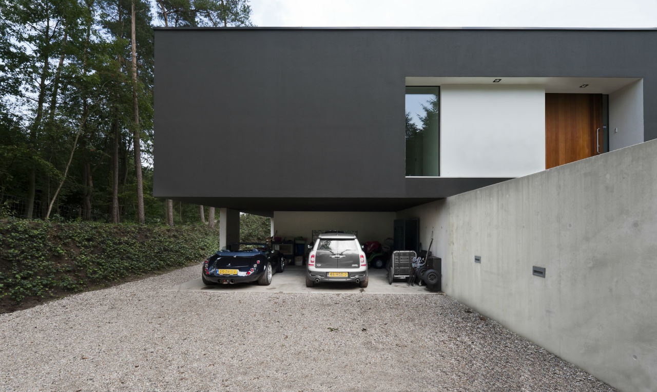 Floating Car Port, Modern Villa in Hattem, The Netherlands