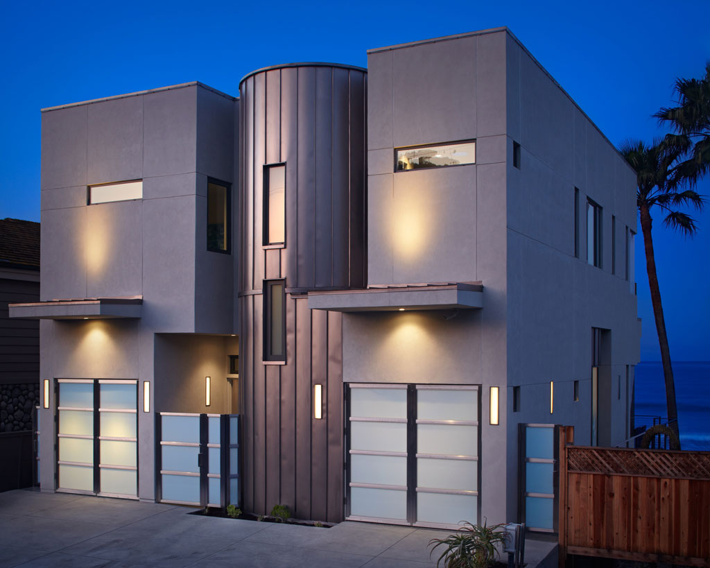 Front Façade, Evening, Lighting, Eco-Friendly Beach House in California