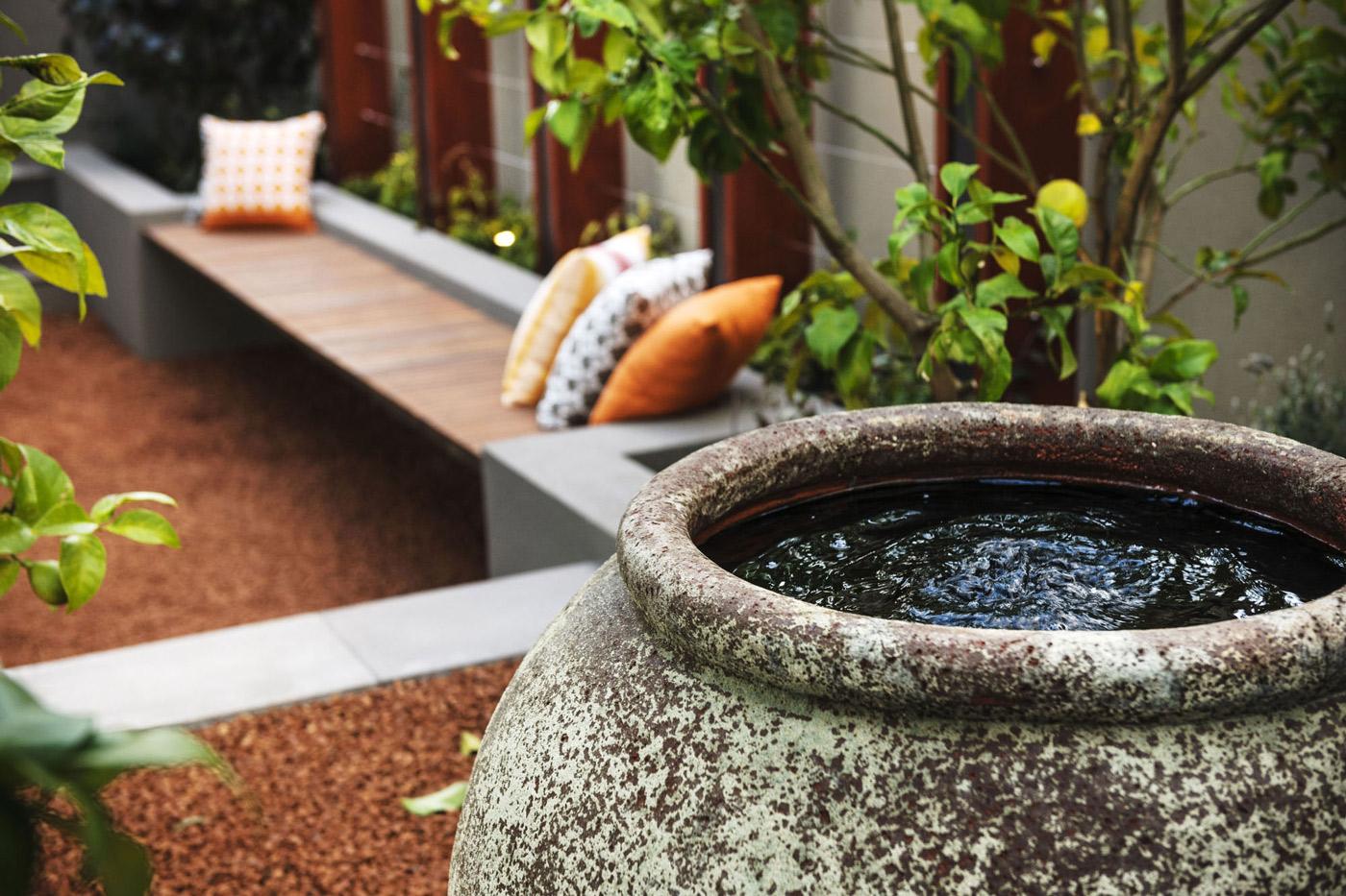 Garden Seating, Modern Home in Wandi, Perth