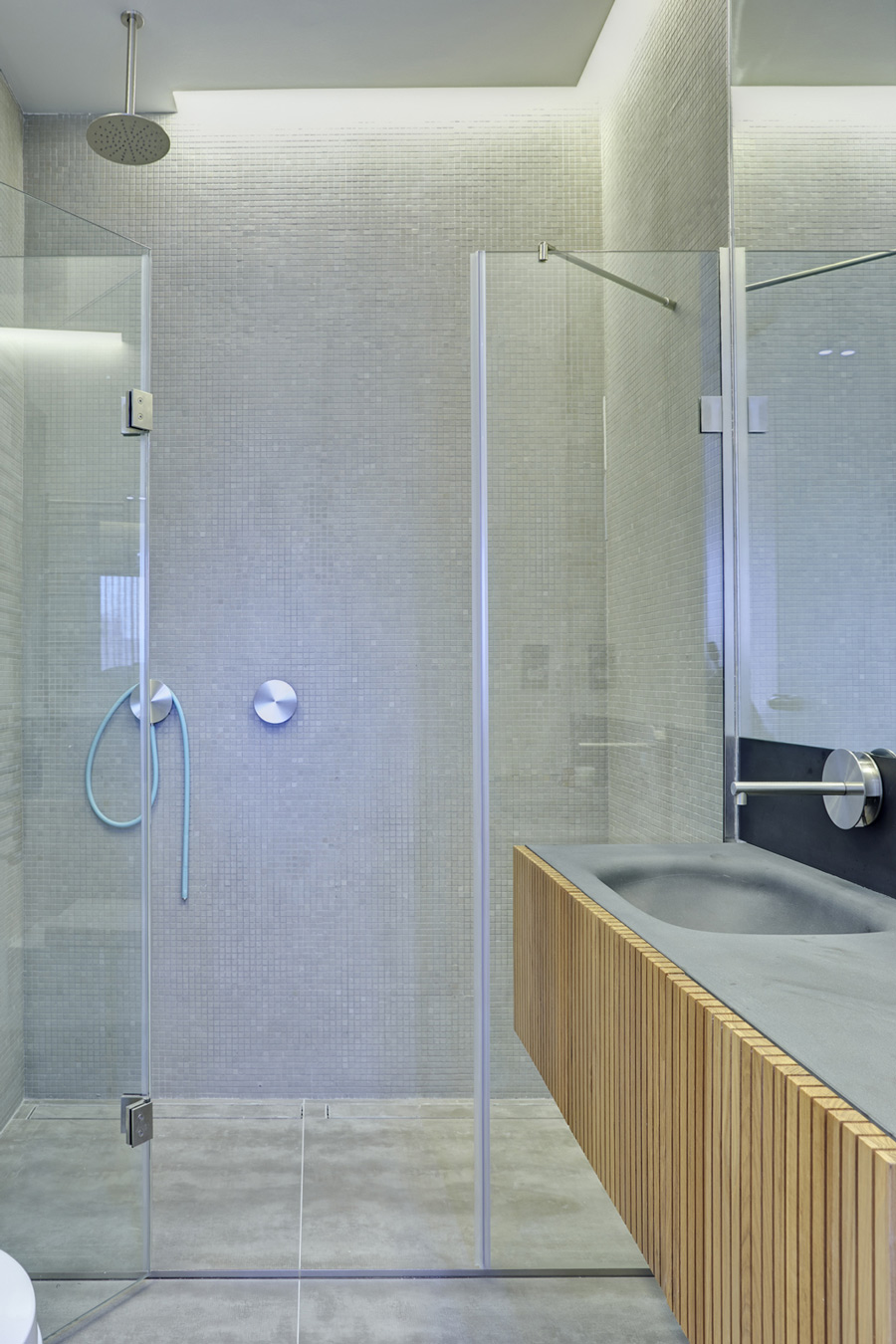 Glass Shower, Sink, Warehouse Style Apartment in Shoreditch, London