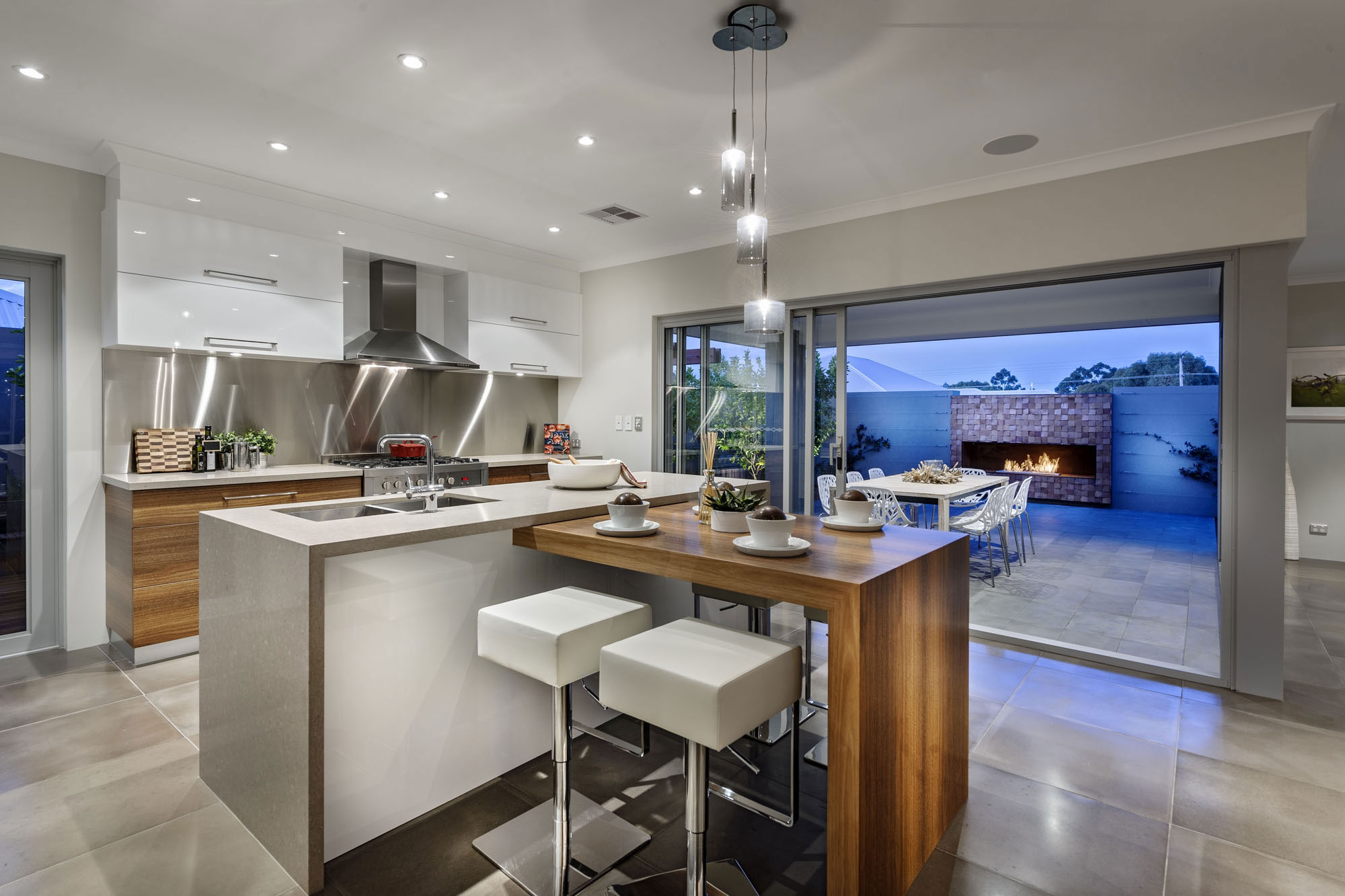 Kitchen Island, Breakfast Bar, Pendant Lighting, Glass Sliding Doors, Modern Home in Wandi, Perth