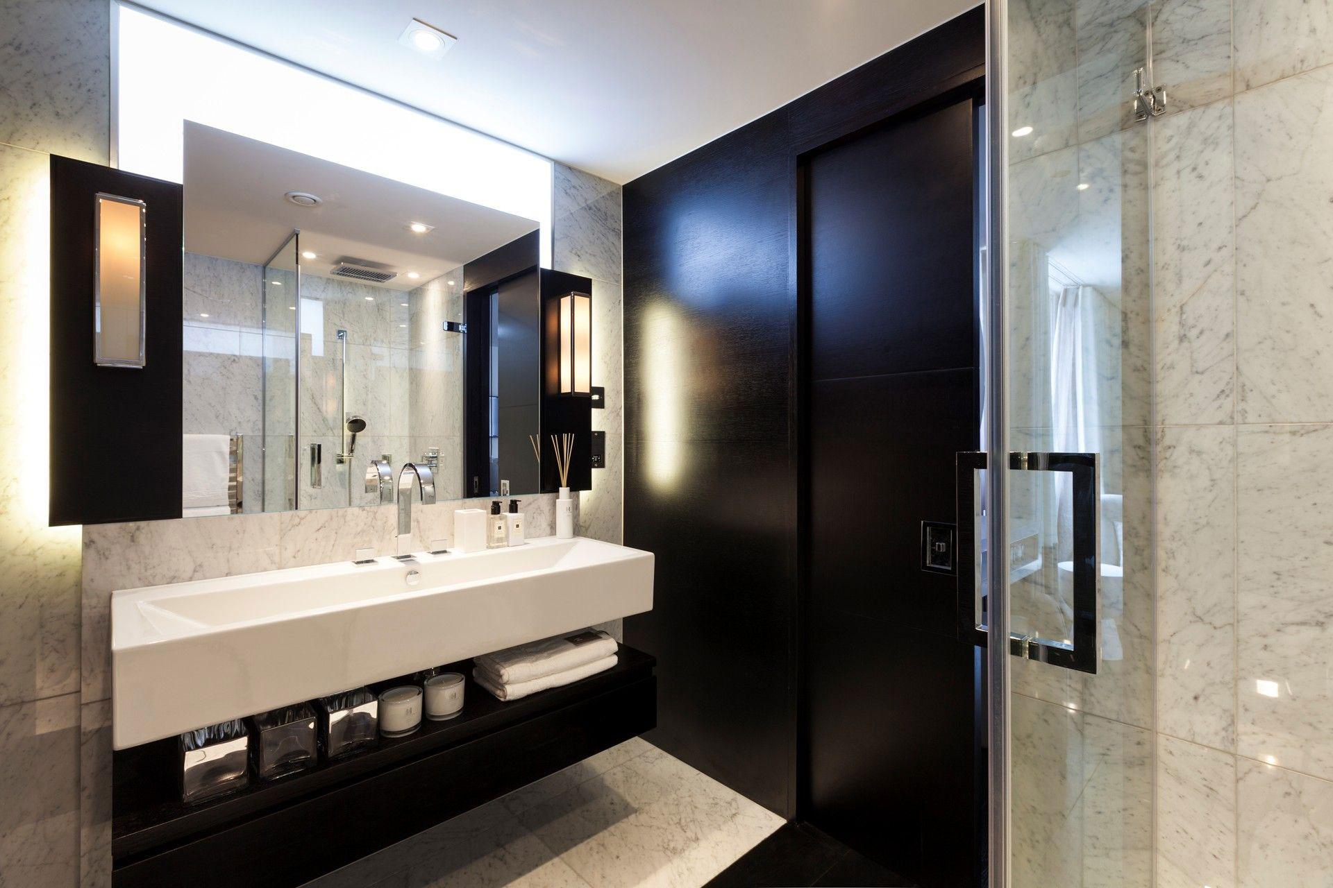 Marble Tiles, Bathroom, Henrietta Street Apartment