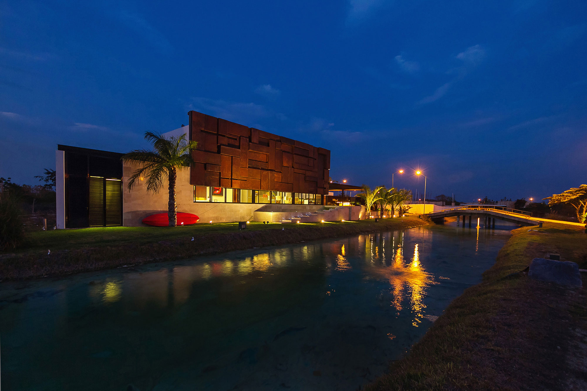 River, Bridge, Evening Lighting, Contemporary Residence in Merida, Yucatan