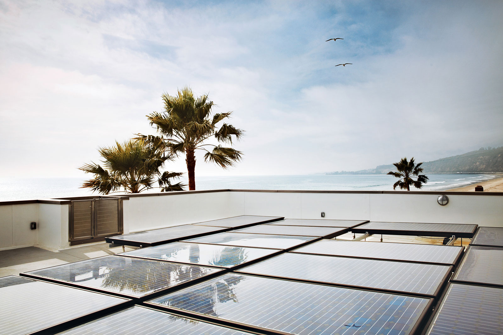 Roof, Solar Panels, Eco-Friendly Beach House in California