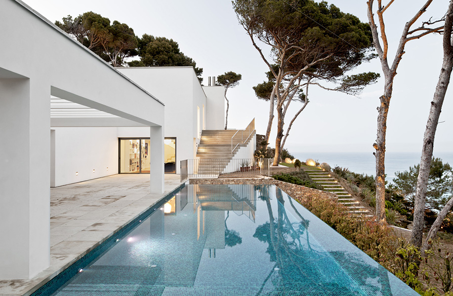 Waterfront House in Costa Brava, Spain