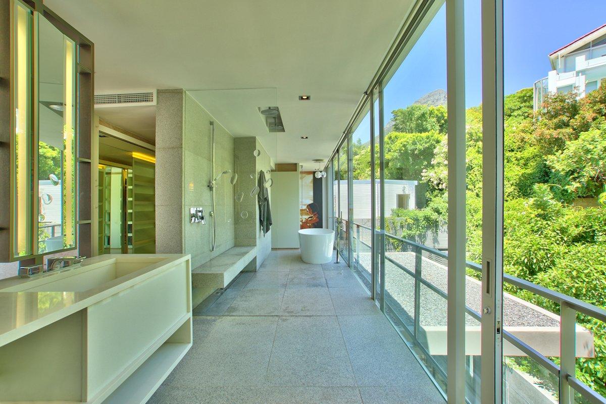 Bathroom, Shower, Bath, Glass Sliding Doors, House in Tamboerskloof, Cape Town