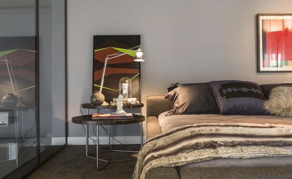 Bedroom, Art, Side Table, Apartment in Praia Brava