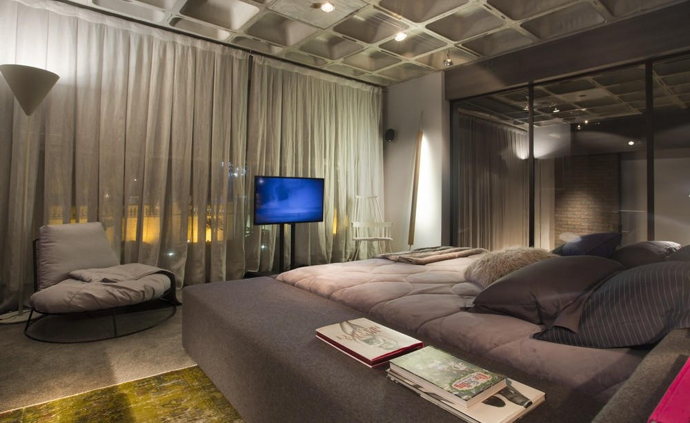 Bedroom, Lighting, Glass Wall, Apartment in Praia Brava