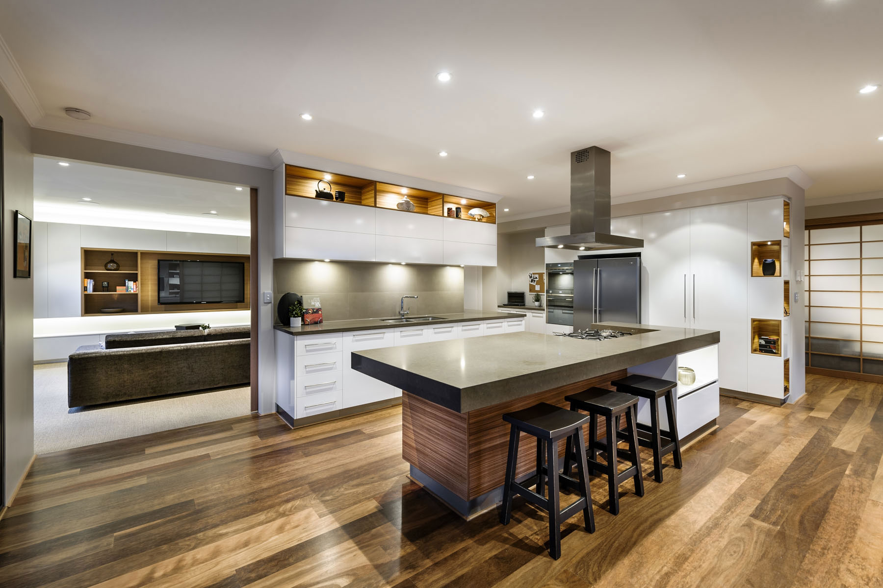 Breakfast Bar, Kitchen Island, Wooden Floor, House in Burns Beach, Perth
