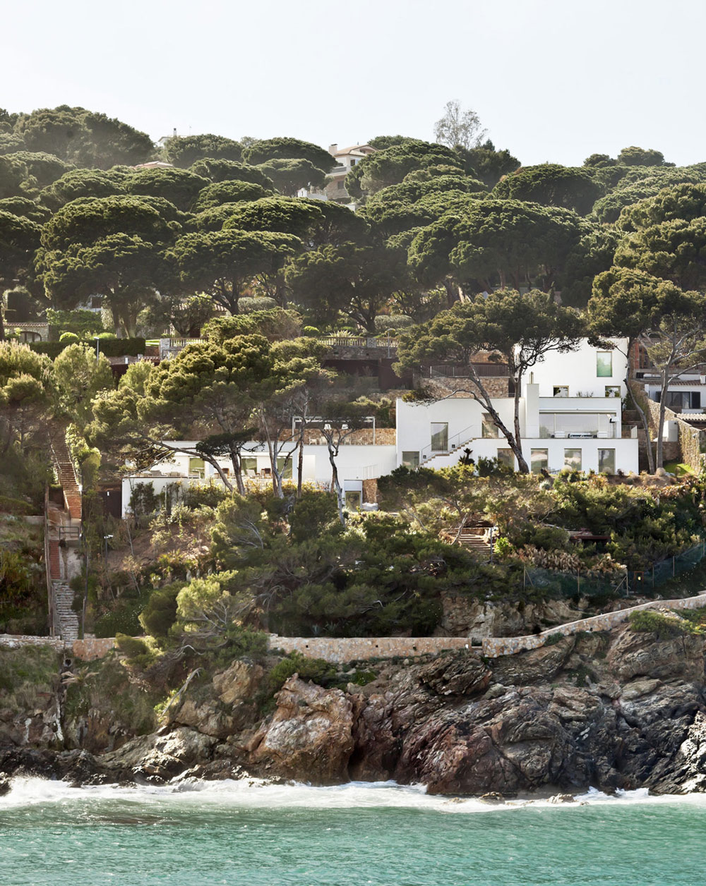 Cliffs, Waterfront House in Costa Brava, Spain