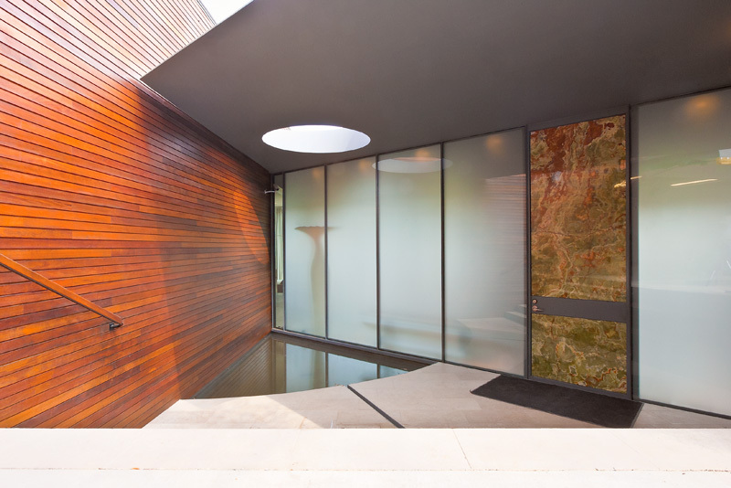 Entrance, Glass Walls, Water Feature, Eco-Friendly House in Texas