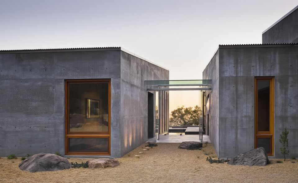 Glass Entry Space, Concrete House in Montecito, California