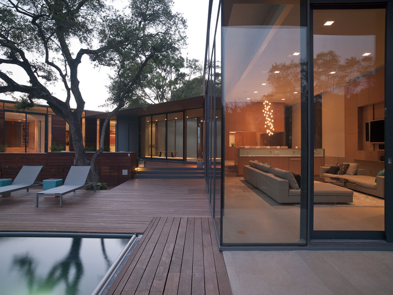 Glass Walls, Wood Decking, Terrace, Outdoor Pool, Eco-Friendly House in Texas