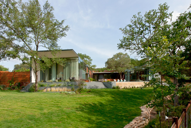Lawn, Gardens, Waterfall, Eco-Friendly House in Texas