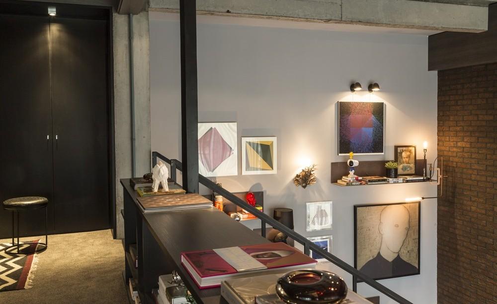 Mezzanine, Bedroom, Art, Brick Wall, Apartment in Praia Brava