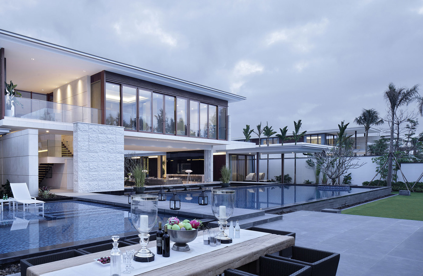 Outstanding beachside villas in lingshui hainan china for Architecture villa design