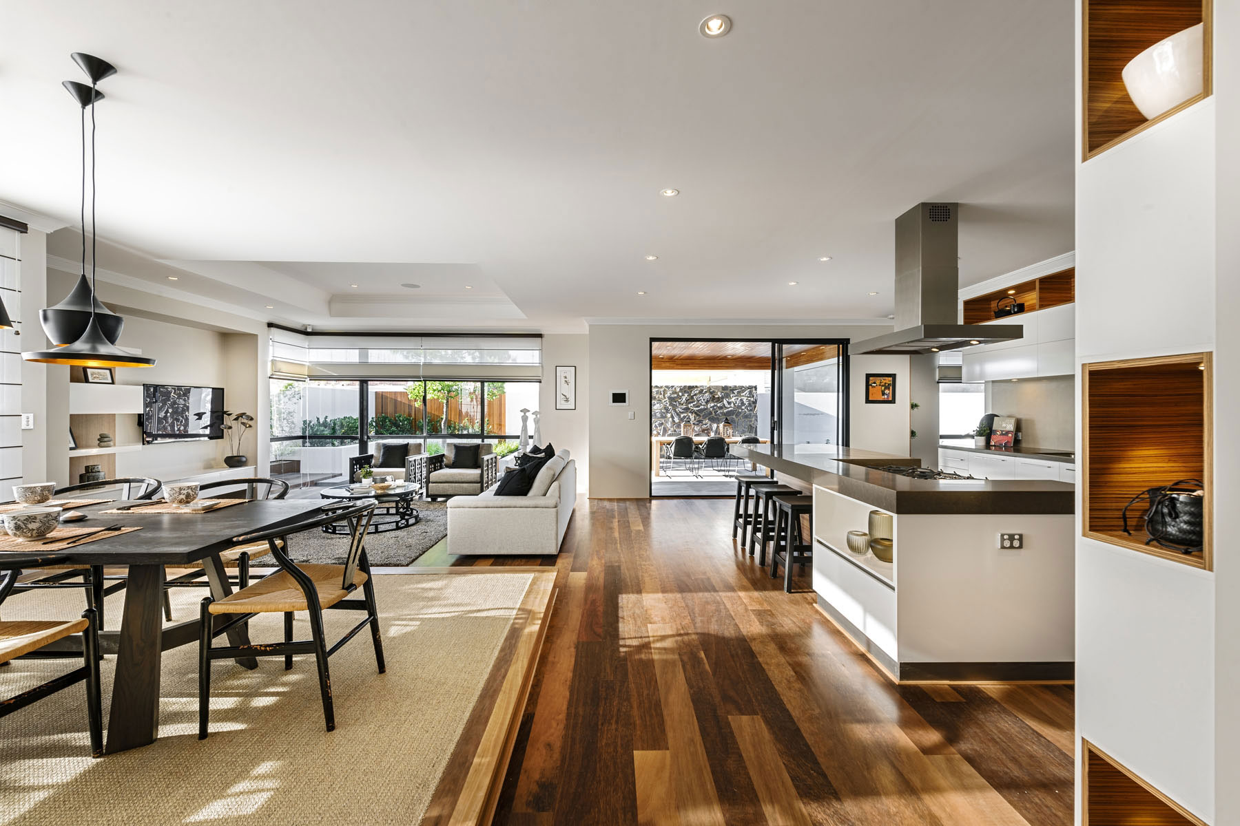 Pendant Lighting, Dining Table, Kitchen, House in Burns Beach, Perth