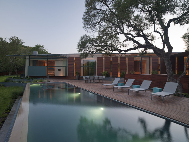 Pool Lighting, Terrace / Deck, Eco-Friendly House in Texas