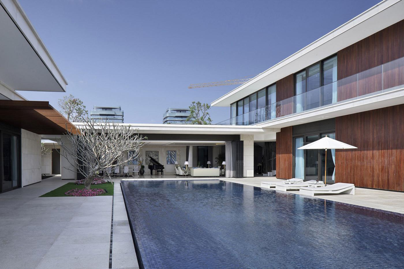 Pool, Terrace, Beachside Villas in Lingshui, Hainan, China