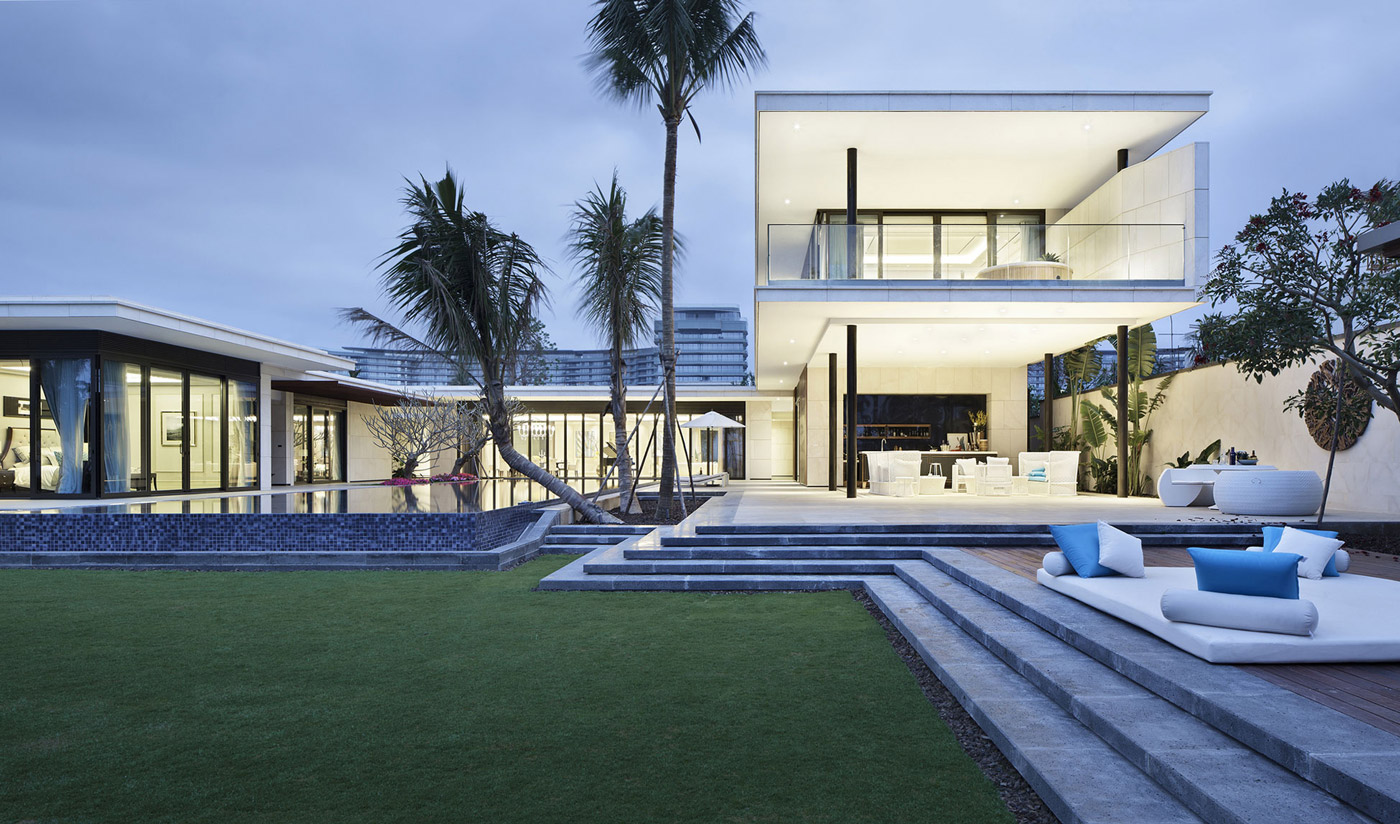 Outstanding Beachside Villas in Lingshui, Hainan, China