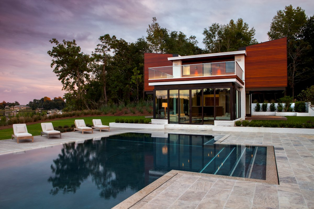 Terrace, Pool, Guest House in Wilmington, North Carolina
