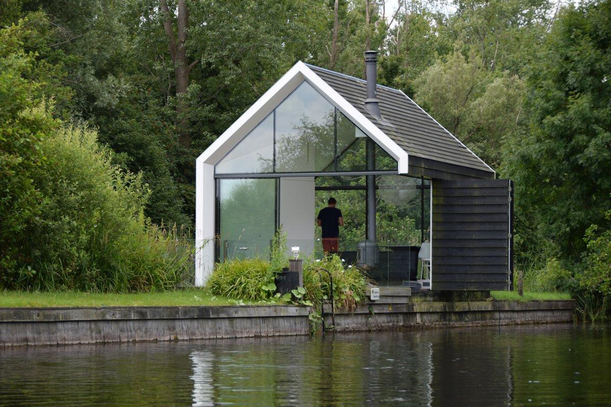 Bank, Ladder, Holiday House in Loosdrechtse