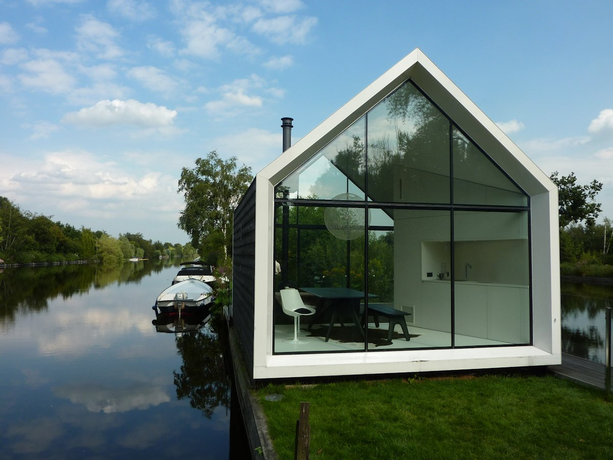 Compact Holiday House in Loosdrechtse