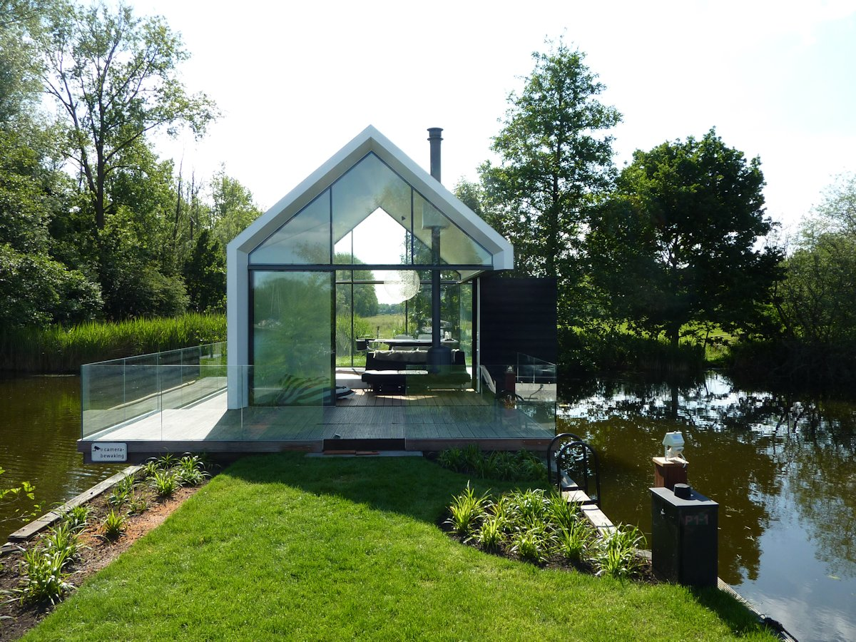 Glass Balustrding, Wood Decking, Glass Sliding Doors, Holiday House in Loosdrechtse
