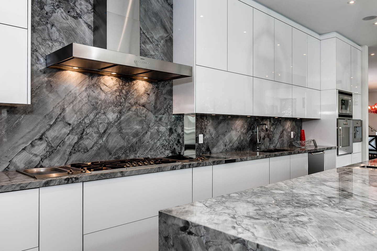 Grey Marble, White Kitchen, Contemporary House in Toronto, Canada