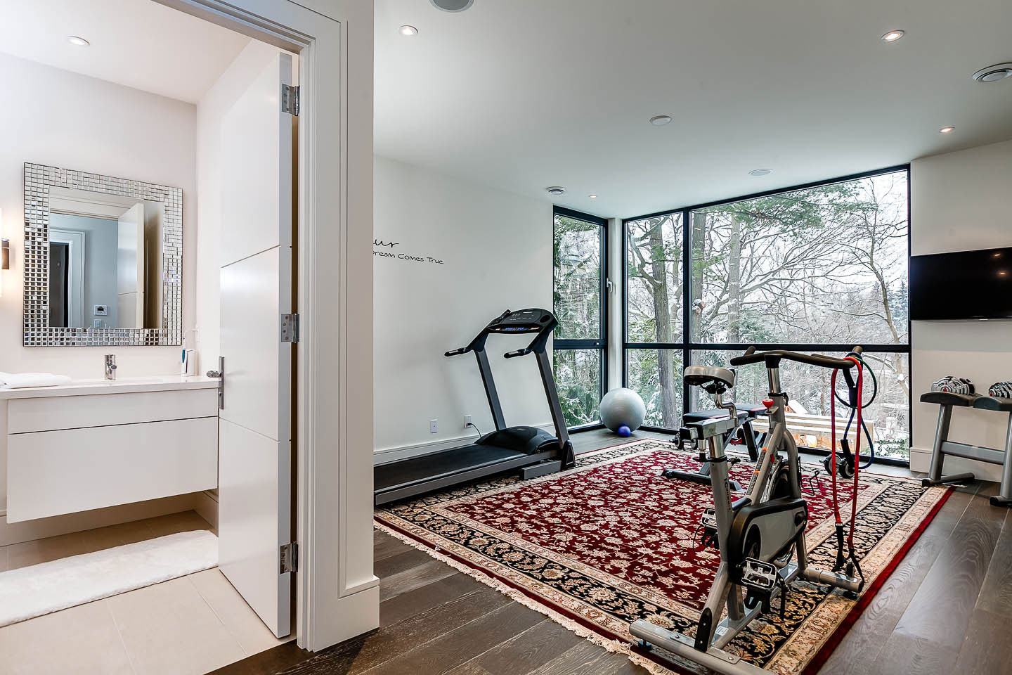 Gym, Contemporary House in Toronto, Canada