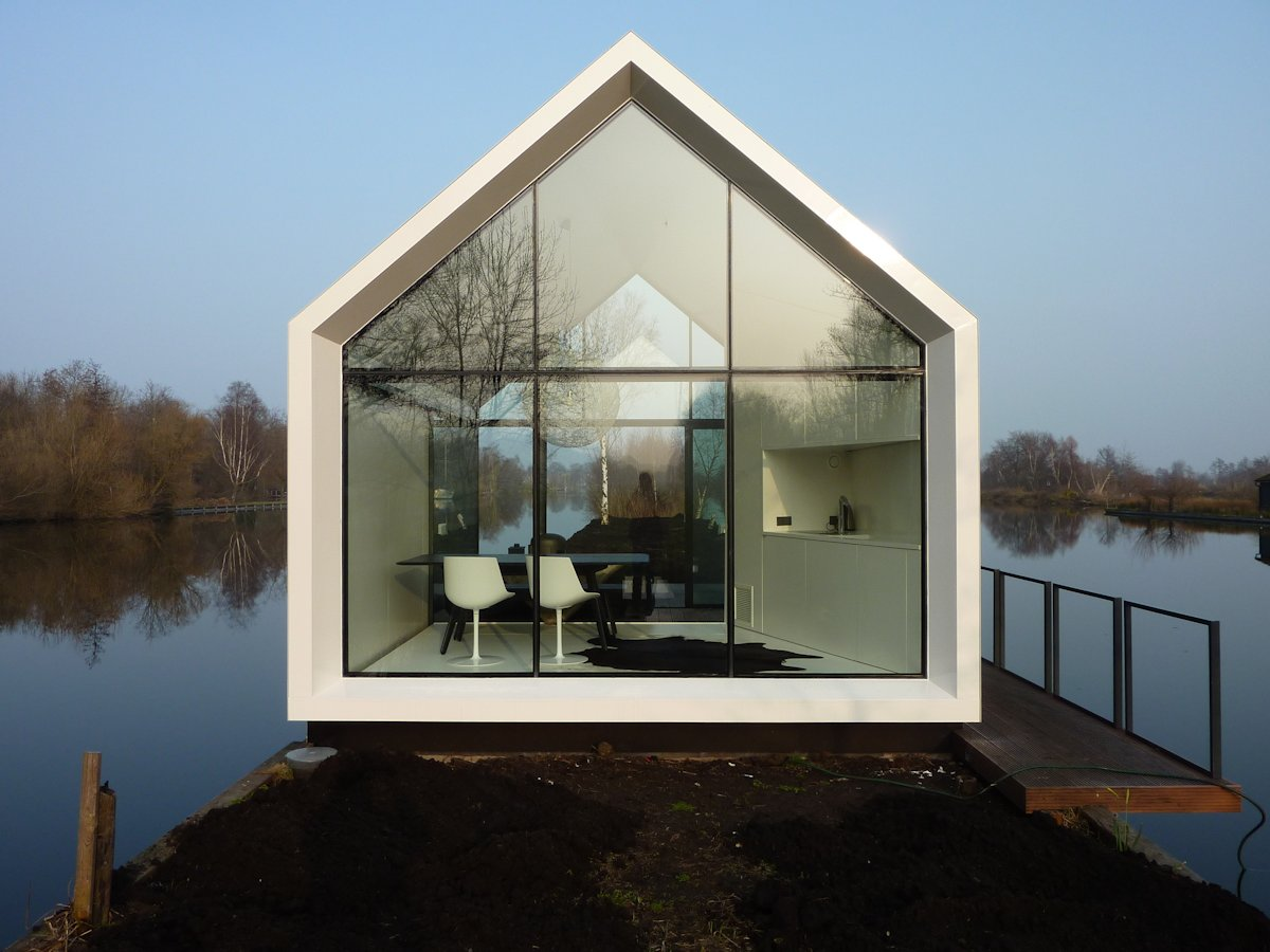 Lake, Glass Wall, Holiday House in Loosdrechtse