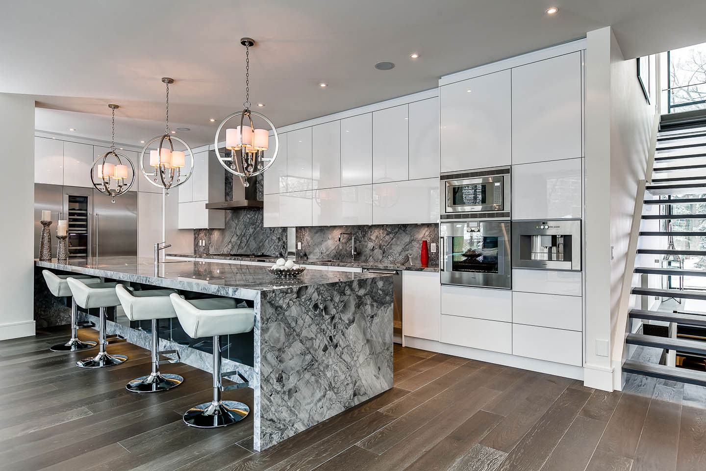 Marble Island Breakfast Bar Kitchen Lighting Contemporary House In Toronto Canada