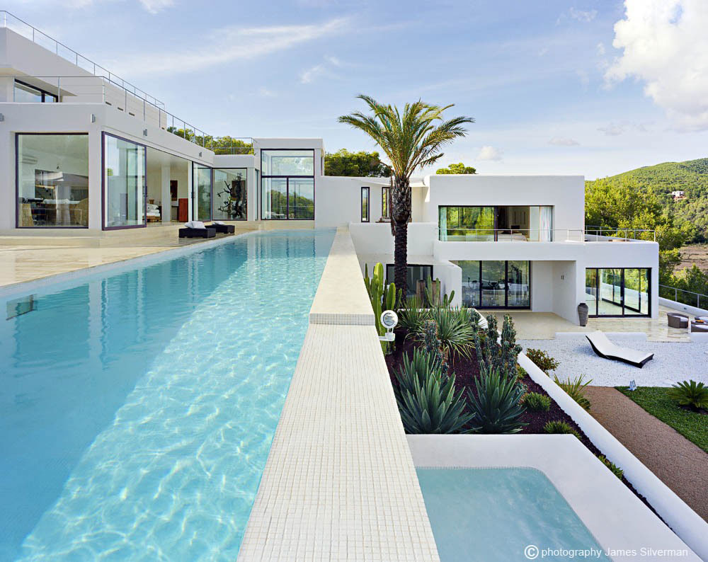 Outdoor pool terrace villa in ibiza for Pool design villa