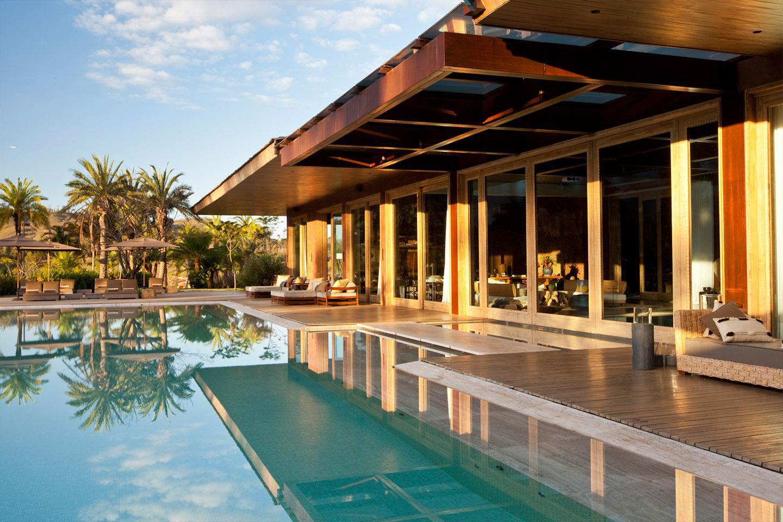 Pool, Terrace, House in Nova Lima, Brazil