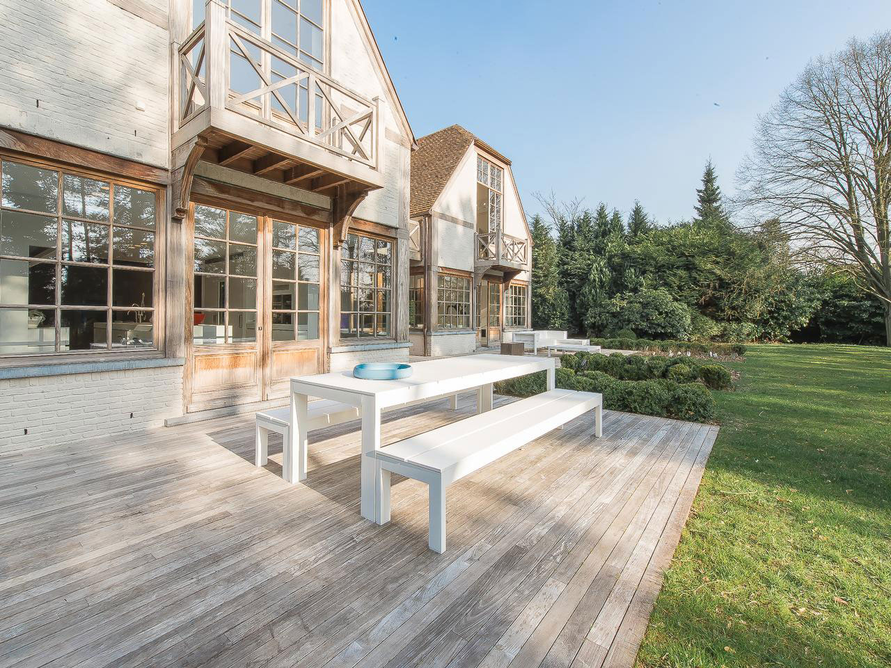 Terrace, Wood Deck, Outdoor Dining Furniture, House Renovation in Sint-Genesius-Rode, Belgium