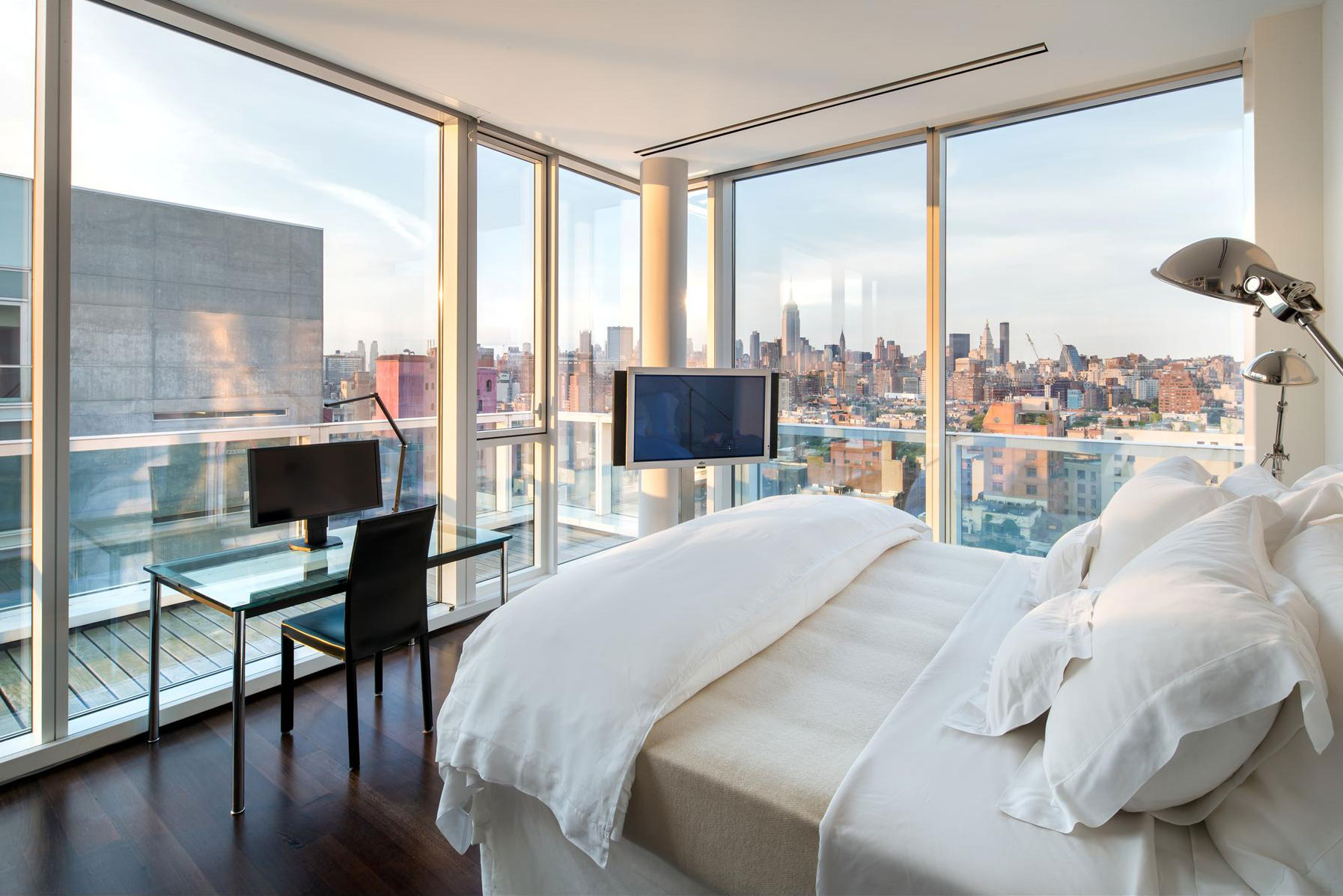 Bedroom, Glass Walls, Balcony, Apartment in Manhattan