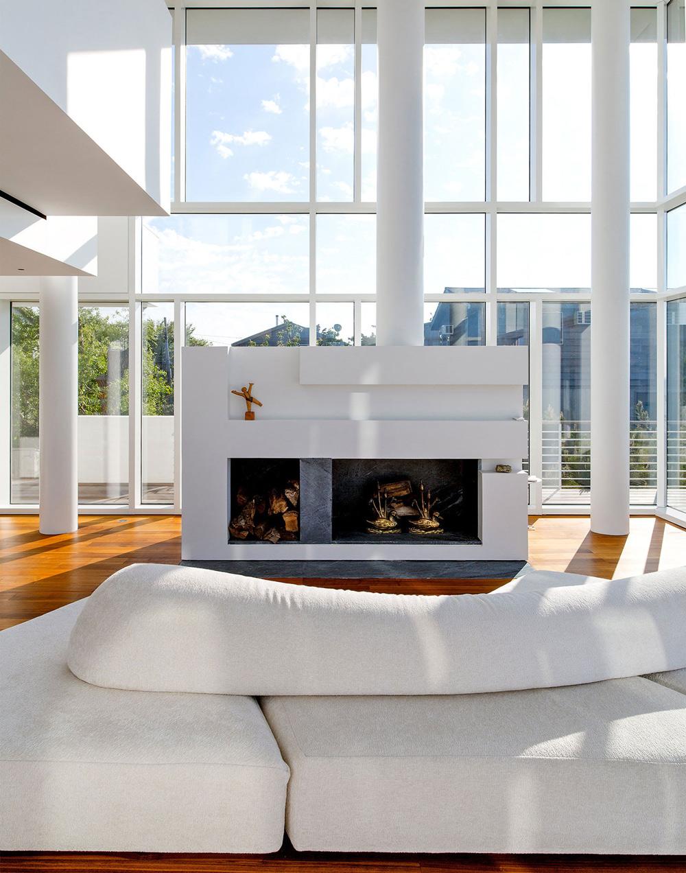 Contemporary Fireplace, Richard Meier's Fire Island House