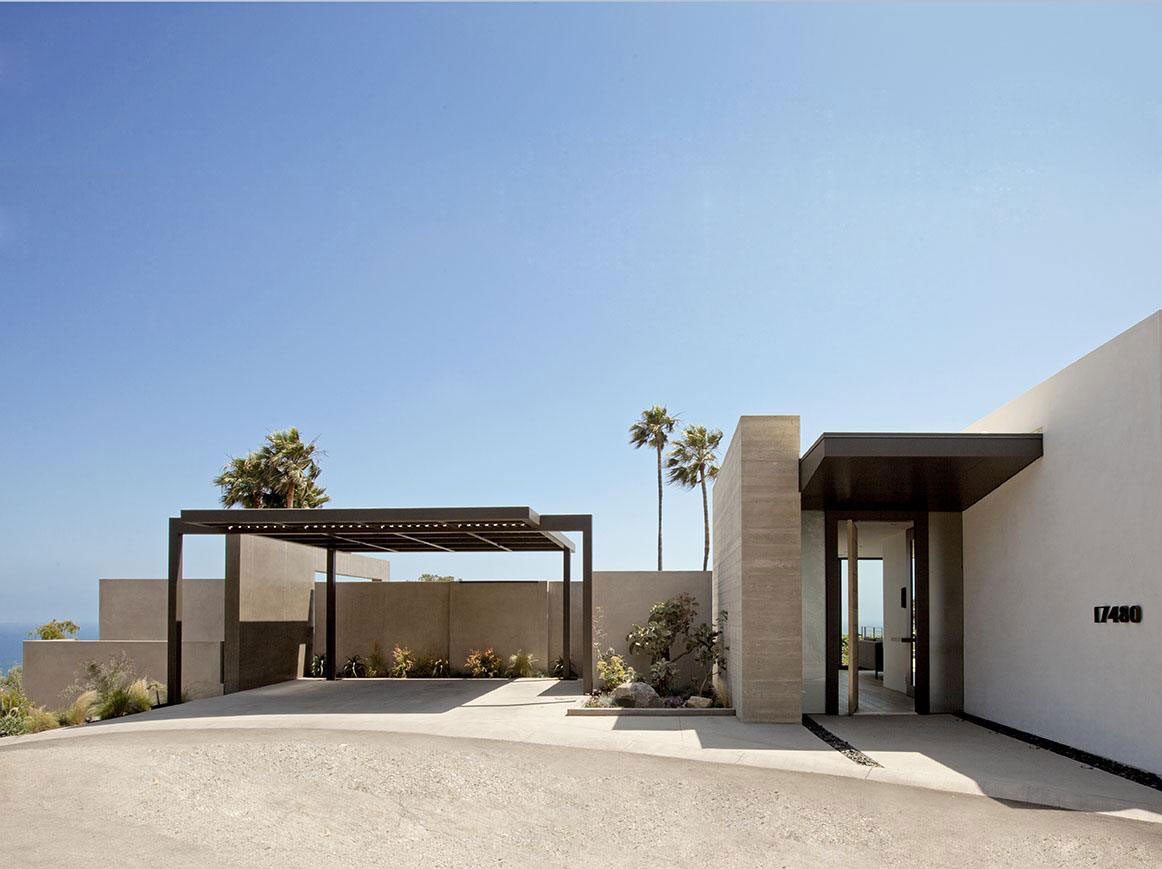 Entrance, Car Port, House in Pacific Palisades, Los Angeles