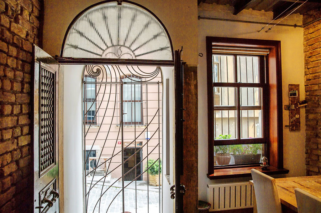 Entrance, Front Door, Duplex in Galata, Istanbul