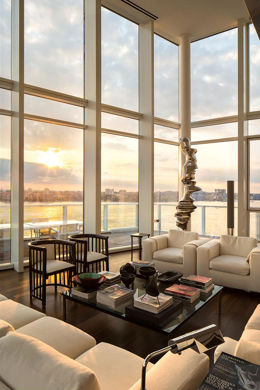 Glass Walls, Living Room, City Views, Apartment in Manhattan