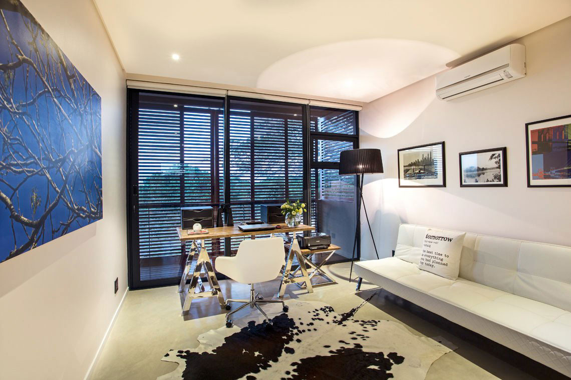 Home Office, Rug, Contemporary Residence in Kwa Zulu Natal