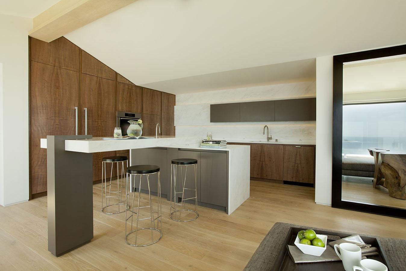 Kitchen, Breakfast Bar, House in Pacific Palisades, Los Angeles