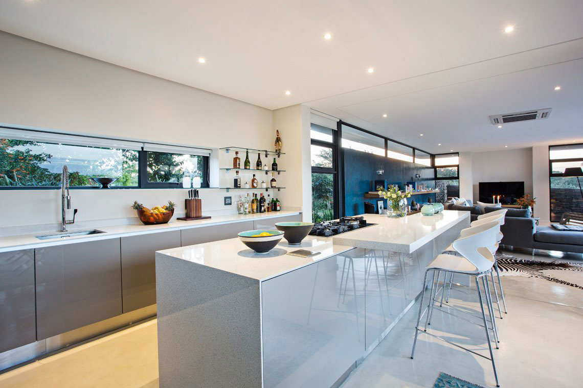 Kitchen Island, Breakfast Bar, Contemporary Residence in Kwa Zulu Natal