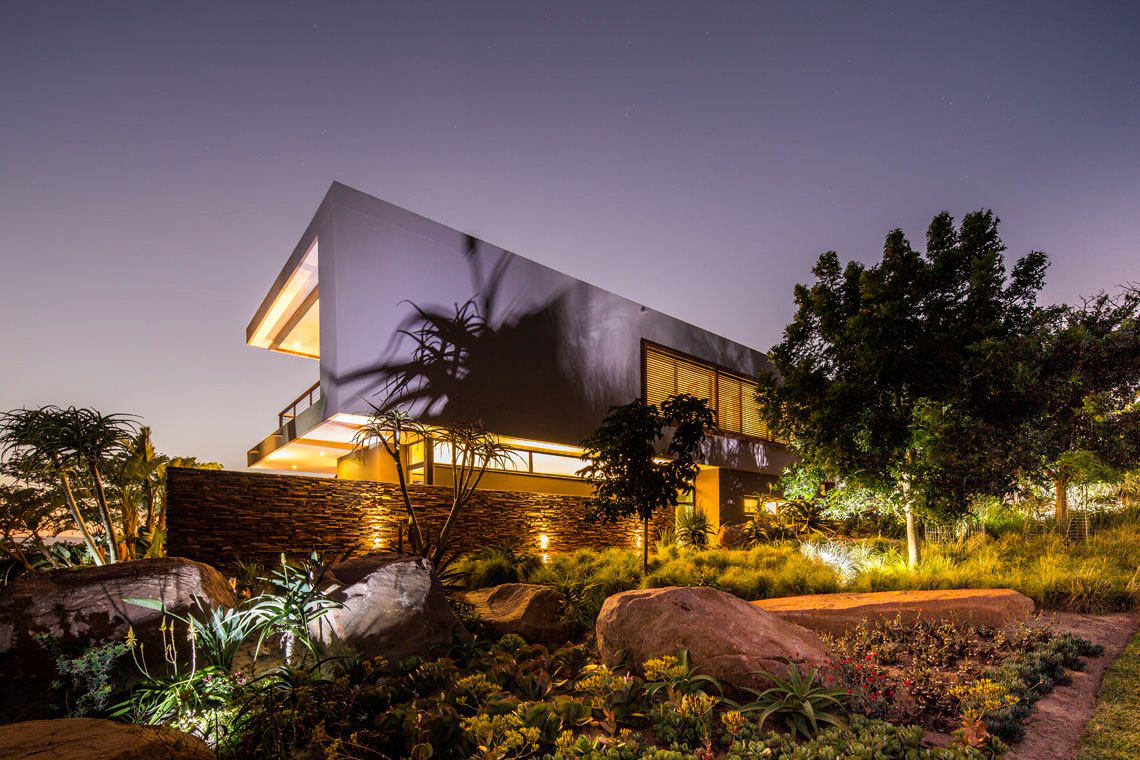 Lighting, Garden, Evening, Contemporary Residence in Kwa Zulu Natal