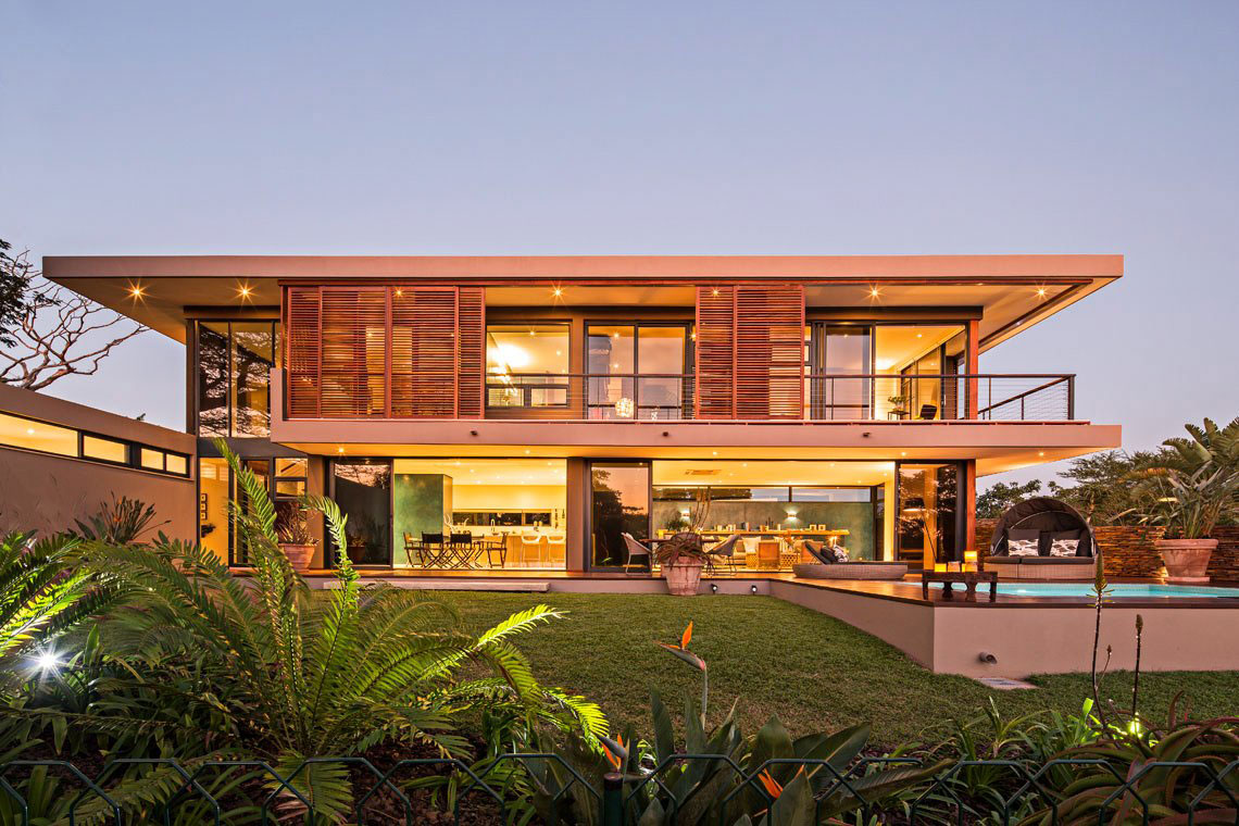 Lighting, Contemporary Residence in Kwa Zulu Natal