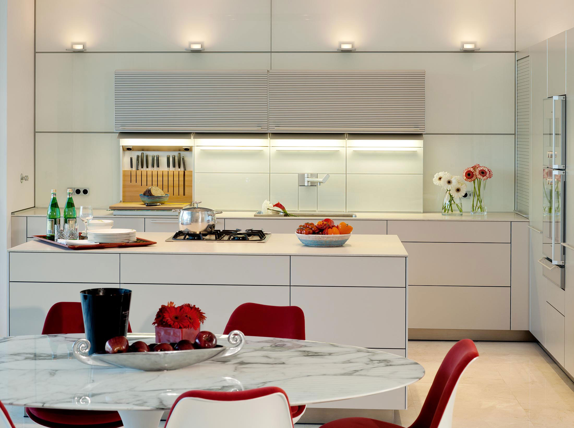 Marble Dining Table, Kitchen, Family Home in Portugal