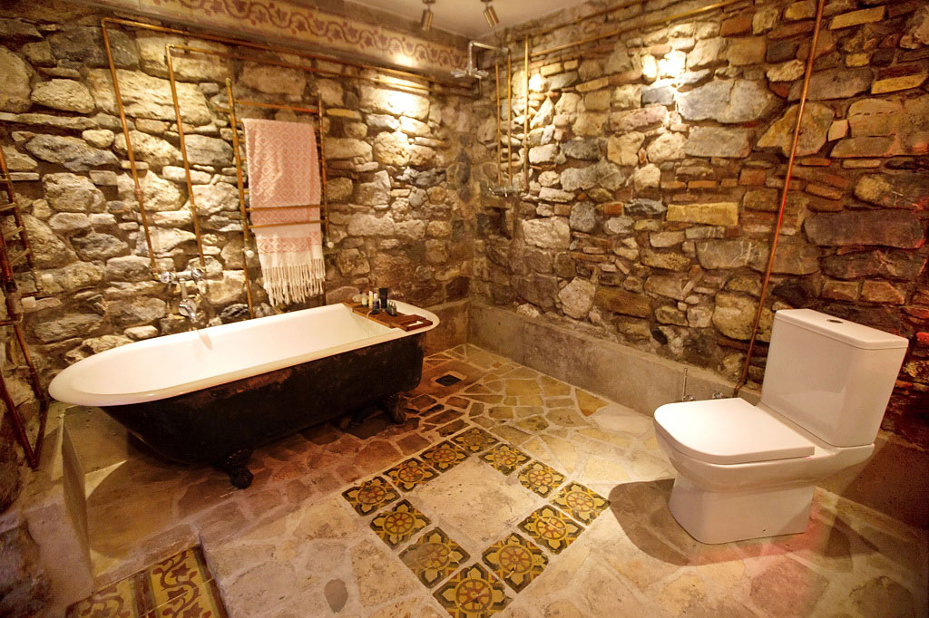 Natural Stone Walls, Bathroom, Duplex in Galata, Istanbul