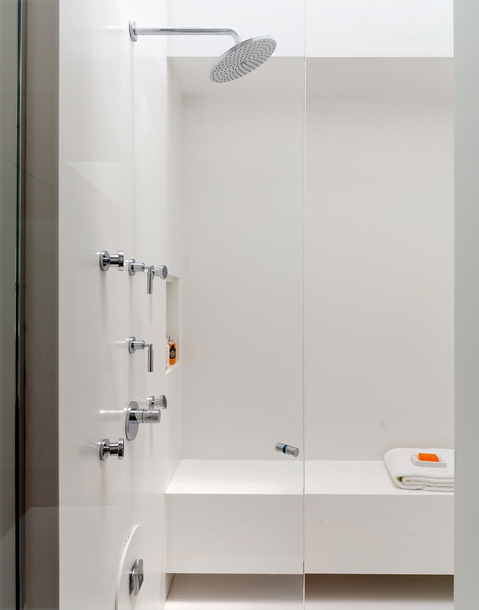 Shower, Richard Meier's Fire Island House