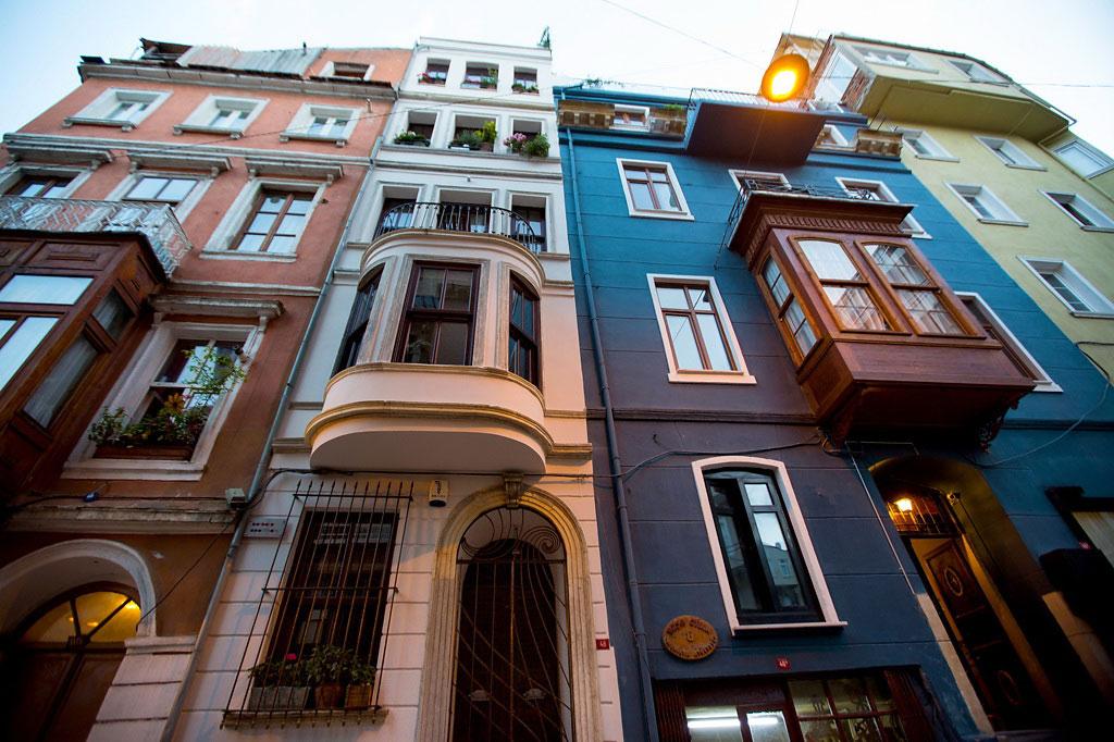 Street View, Duplex in Galata, Istanbul